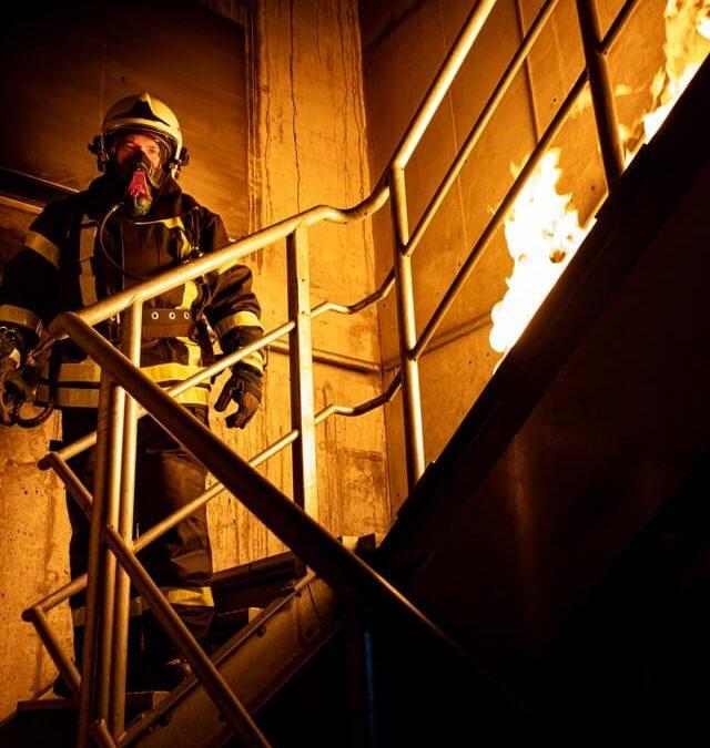 ¿Como realizar un simulacro de incendio en una oficina?