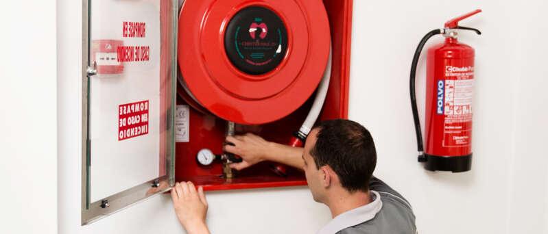 columna seca incendios en empresas